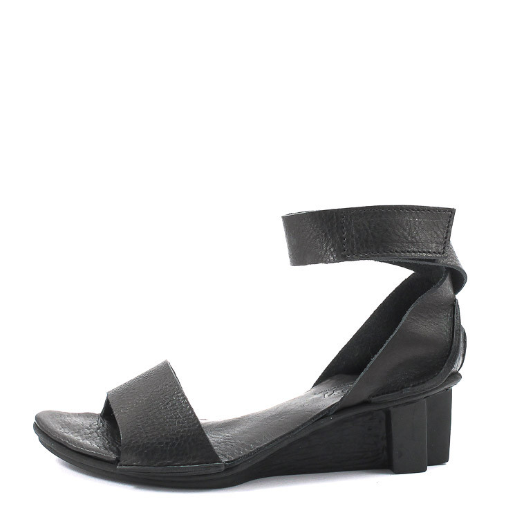 Trippen Itten x+os Damen Sandale schwarz