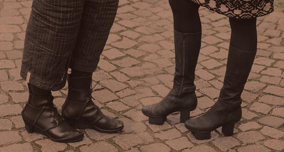 Trippen Damen und Herren Schuhe auf mbaetz.com